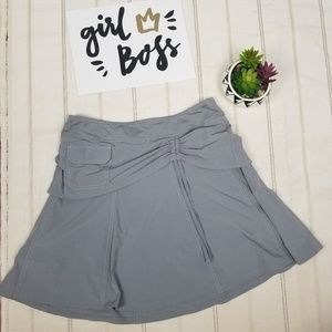 Athleta gray skirt/short size 10 -C9